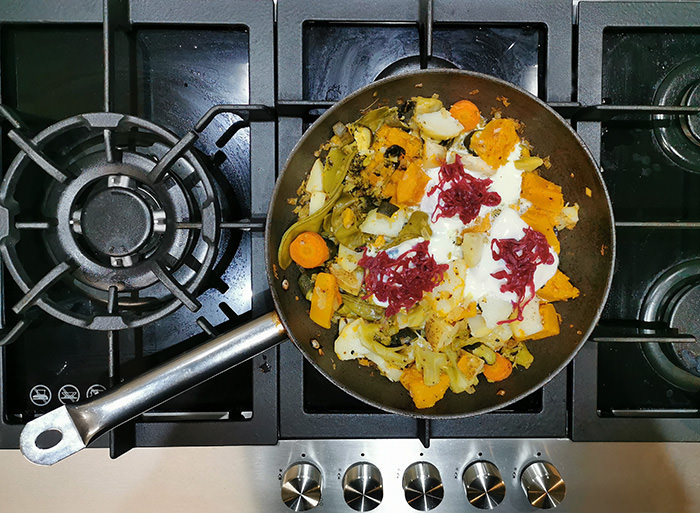 cooking-vegetables-stove