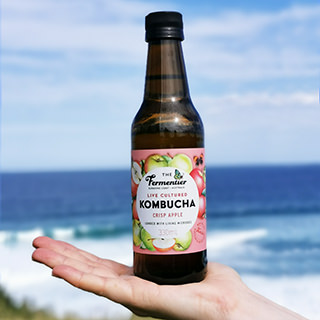 fermented-drinks-apple-kombucha