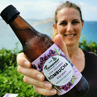 fermented-drinks-grape-kombucha